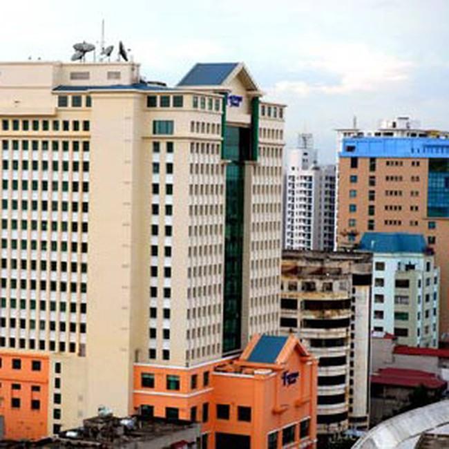 Khách sạn hạng sang Hà Nội vẫn rớt giá