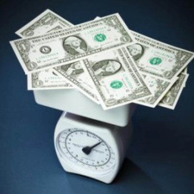 USD tự do thấp hơn giá ngân hàng