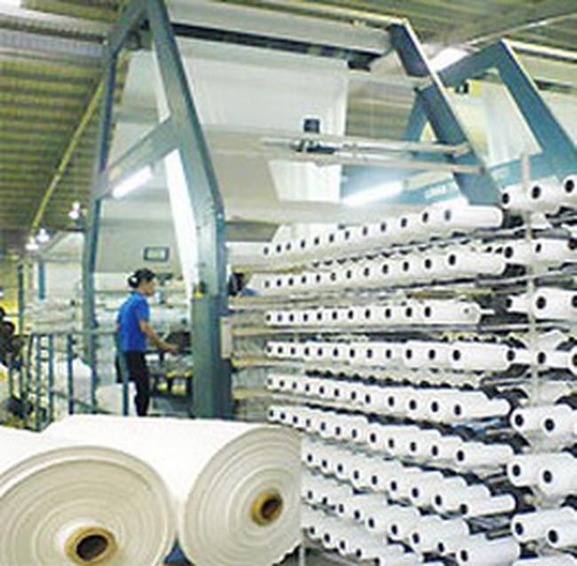 Năm 2011: Ngành dệt may sẽ tự đáp ứng được 70% nhu cầu xơ sợi