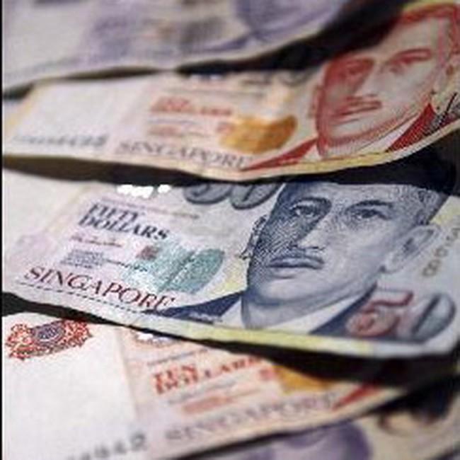Singapore nâng dự báo tăng trưởng kinh tế năm 2010 và tăng giá đồng nội tệ