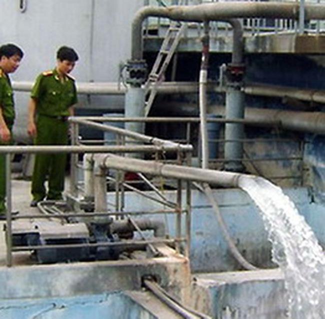 TKU: Bị cảnh sát bắt quả tang xả thẳng nước thải chưa xử lý ra môi trường