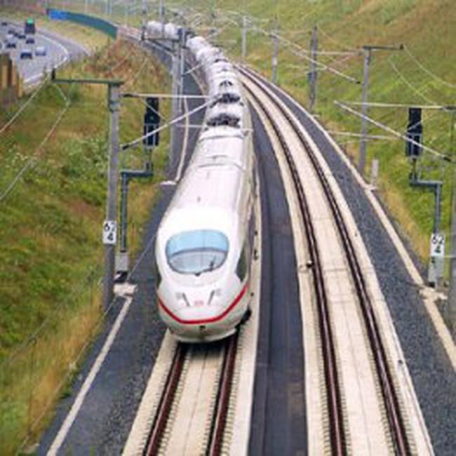 """Đường sắt cao tốc Bắc Nam: """"Áp lực"""" 55 tỷ USD"""