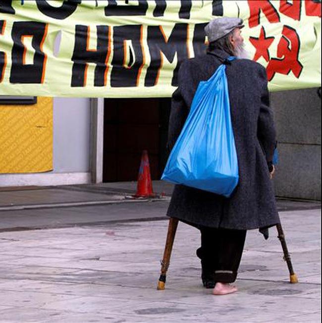 Chi phí lãi vay của Hy Lạp tăng vọt do lo ngại về khả năng vỡ nợ