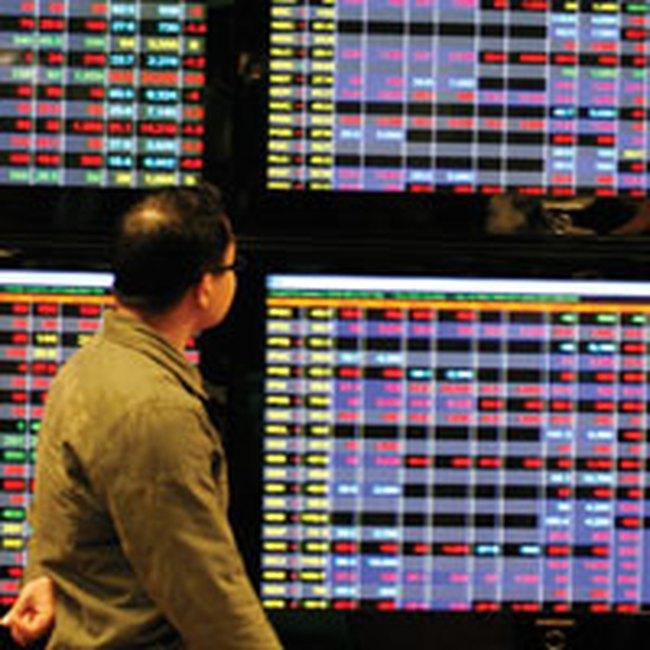 Bát nháo thông tin tài chính