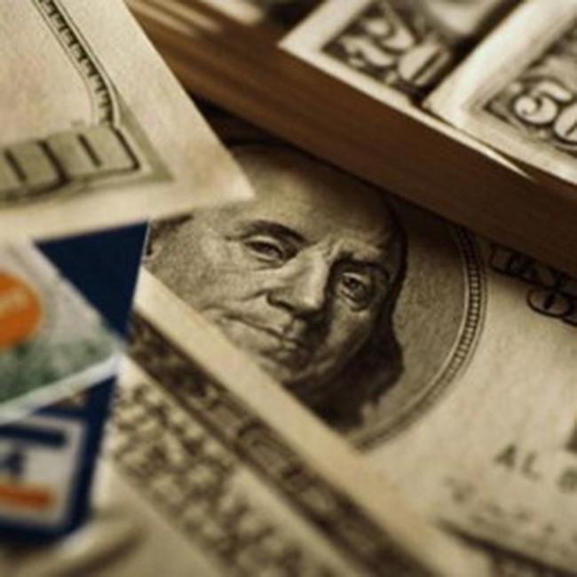 Giá vàng tăng nhẹ, USD tự do đã vượt giá ngân hàng