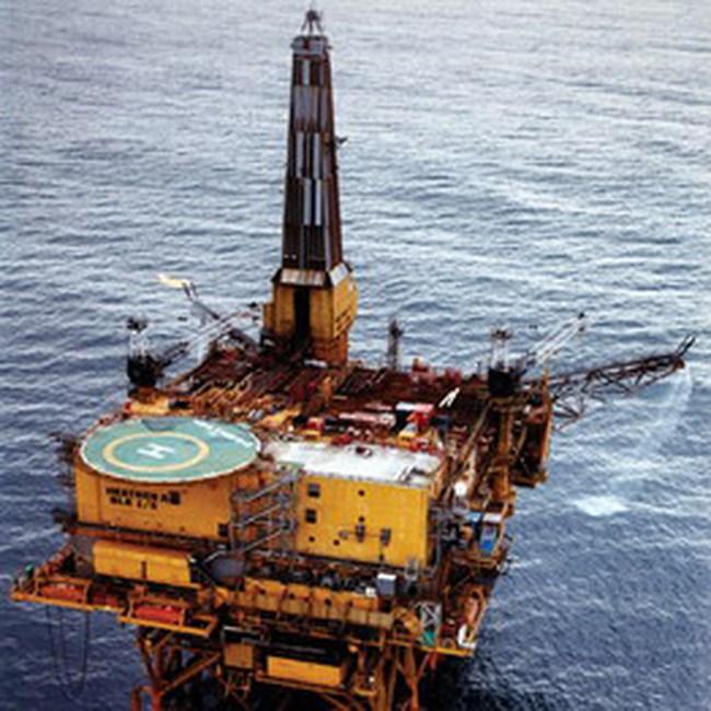 Phía sau sức nóng cổ phiếu dầu khí