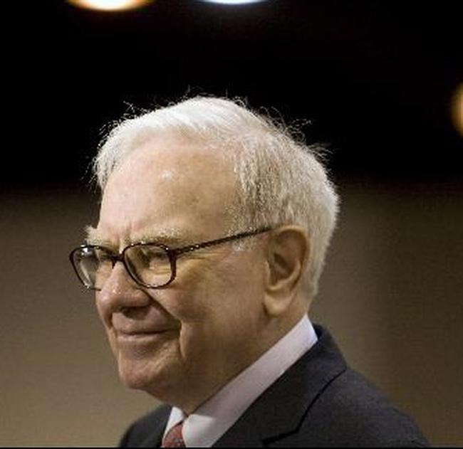 Tỷ phú Warren Buffett hoàn toàn tin tưởng vào Goldman Sachs