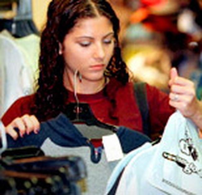 Mỹ: Lòng tin tiêu dùng cao nhất kể từ 10/2007, giá nhà tăng ít hơn dự kiến
