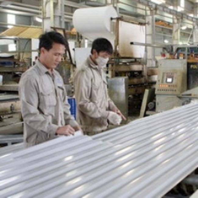 VSA đề nghị nâng thuế nhập khẩu tôn mạ