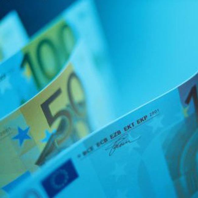 Gói 1 nghìn tỷ USD của EU và IMF chỉ có tác dụng trong ngắn hạn?