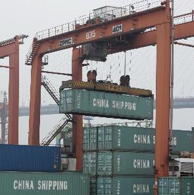 Trung Quốc xuất siêu trong tháng 4/2010