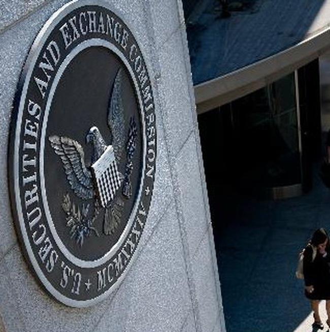 """Chủ tịch SEC loại bỏ khả năng khủng bố, tin tặc gây ra """"ngày thứ Năm kinh hoàng"""""""