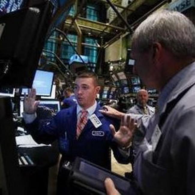 Dow Jones và S&P 500 tăng 2,3% trong tuần