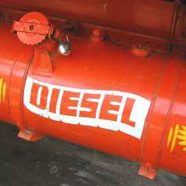 54% giá trị nhập khẩu xăng dầu 4 tháng đầu là Diesel