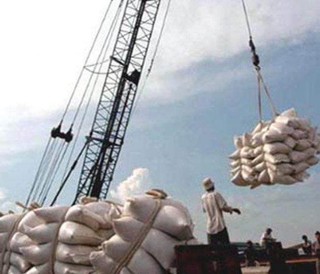 Gạo xuất khẩu Việt Nam giá thấp nhất thế giới