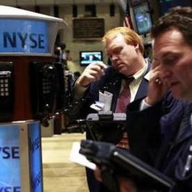 Dow Jones giảm gần 380 điểm về gần mốc 10 nghìn điểm
