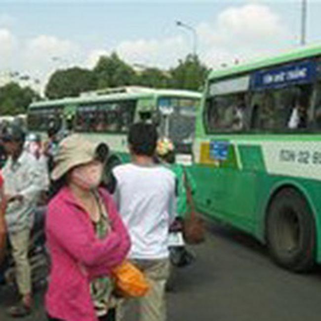 TPHCM đặt mục tiêu xe buýt đáp ứng 40% nhu cầu đi lại