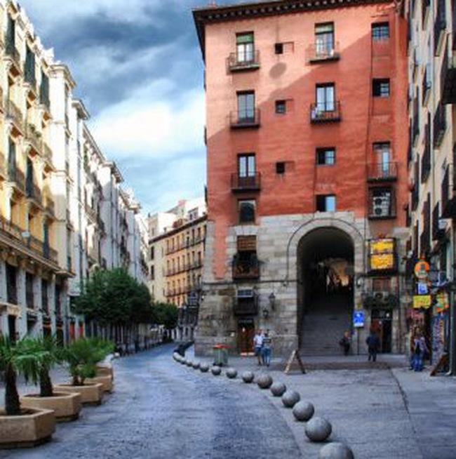 Tây Ban Nha công bố kế hoạch cắt giảm ngân sách