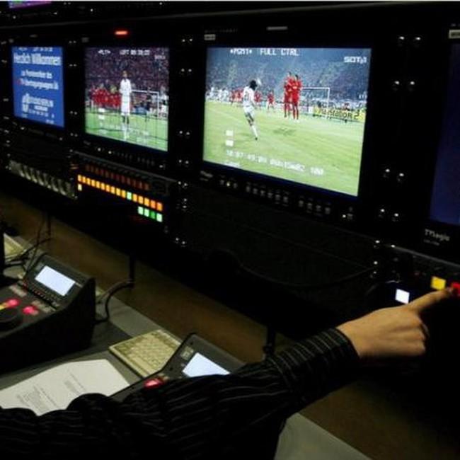 Cúp vàng tại World Cup chính là... quyền phát sóng
