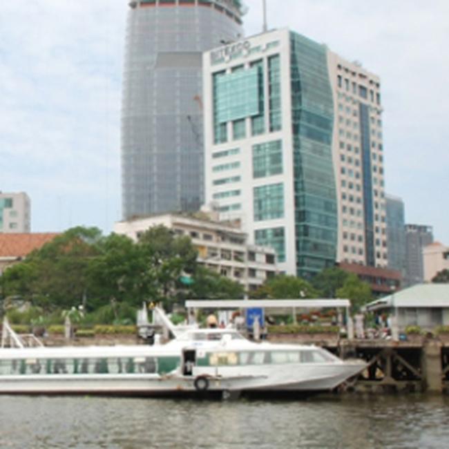 TP. HCM: Đề xuất mở hai tuyến canô buýt