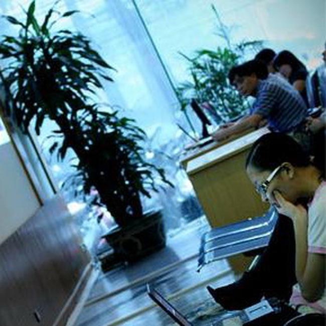 Cổ đông nhà nước: Khó mua, khó bán cổ phần
