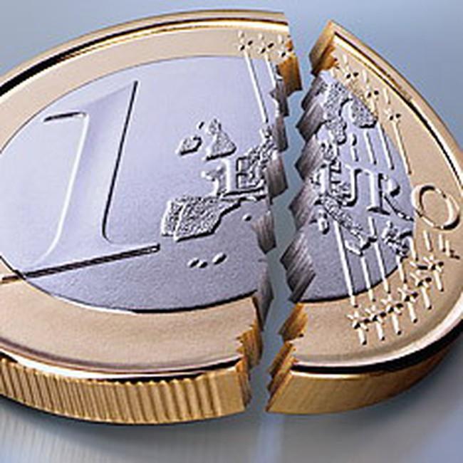 Alan Greenspan dự đoán sai về tương lai của đồng euro?