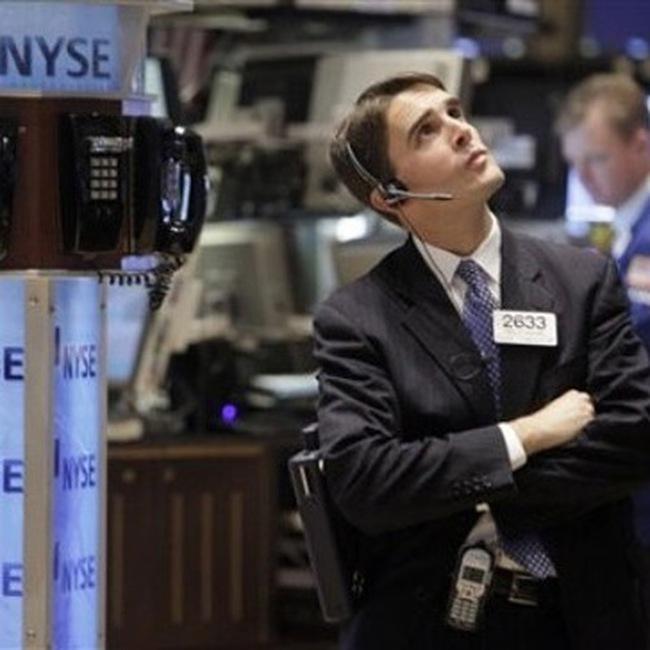 Dow Jones đi xuống mạnh trong những phút cuối