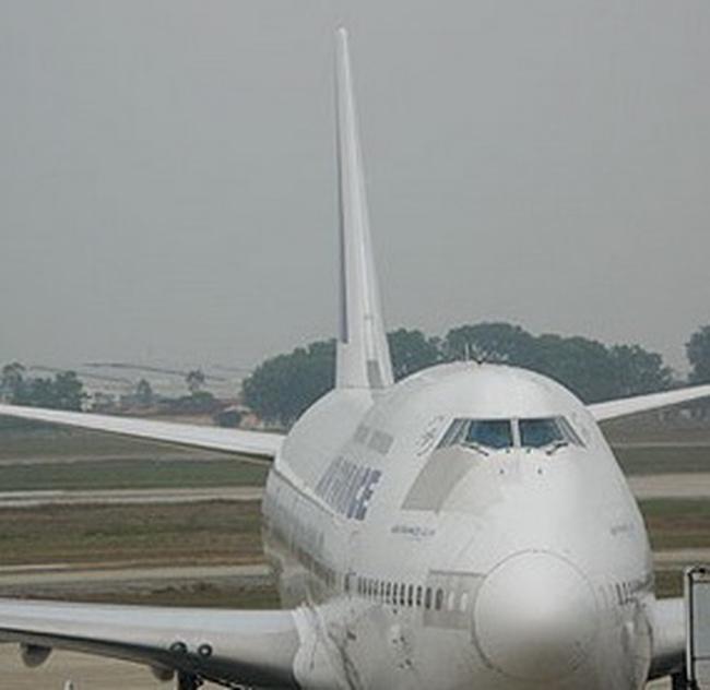 Hàng không nội địa: Cạnh tranh hay ỷ thế 'ông lớn'?