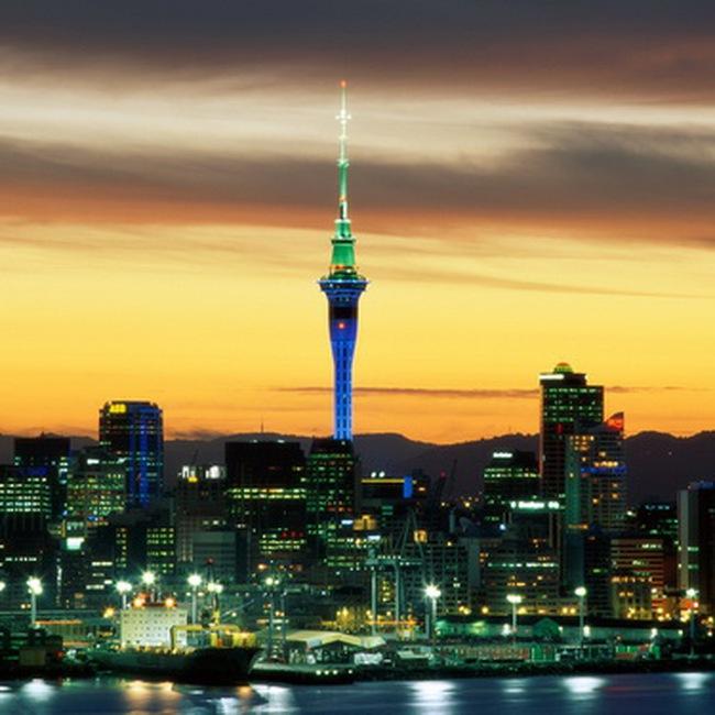 New Zealand bất ngờ nâng lãi suất cơ bản