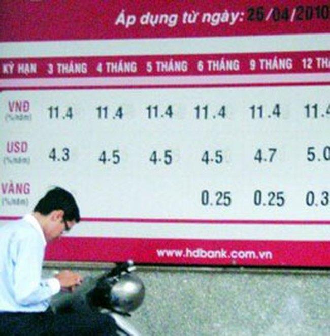 Ngân hàng bàn cách hạ lãi suất