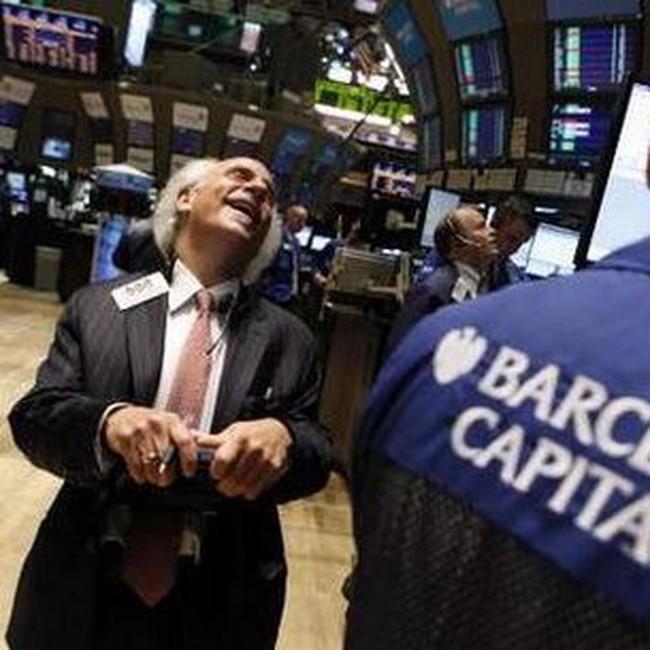 Dow Jones tăng ấn tượng 280 điểm trong tuần