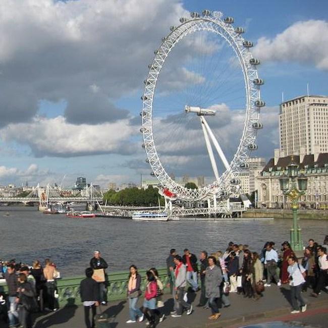 CBI nâng dự báo tăng trưởng kinh tế Anh