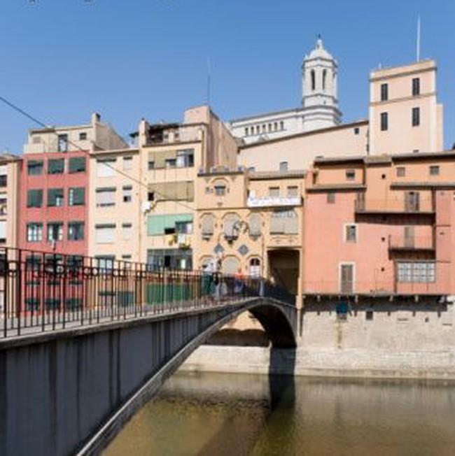 Tây Ban Nha không tiếp cận được với thị trường vốn quốc tế?
