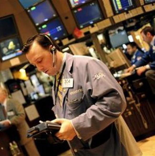 Dow Jones giảm nhẹ trong giờ giao dịch cuối