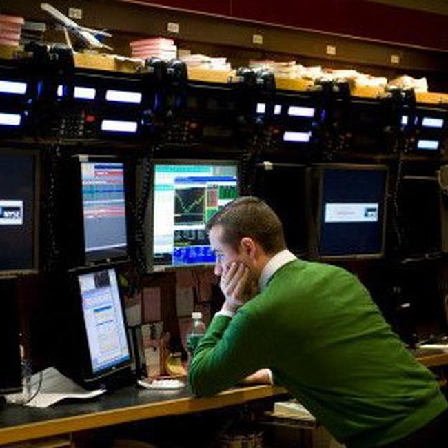 Dow Jones vượt 10.300 điểm
