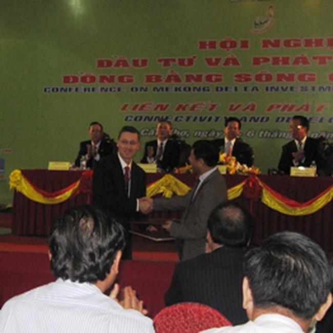 Giám đốc Quốc gia WB Việt Nam: Khuyến khích hợp tác với tư nhân đầu tư các dự án