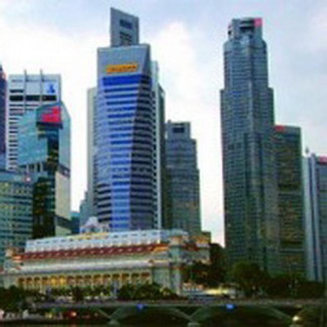 Trung tâm tài chính nhìn từ Singapore, Hồng Kông
