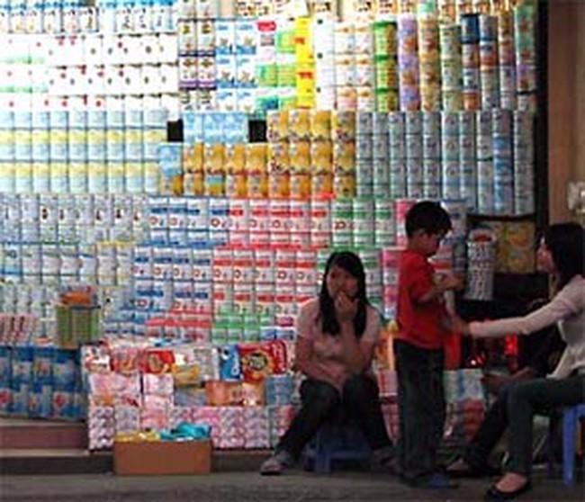 Tăng giá sữa bất hợp lý, doanh nghiệp có thể bị rút giấy phép kinh doanh