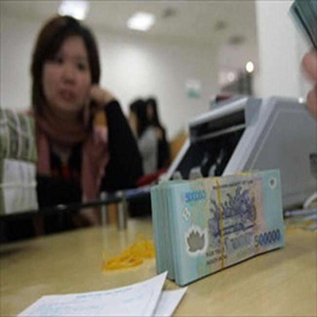 Lãi suất giao dịch bình quân VND tăng thêm 1,64%