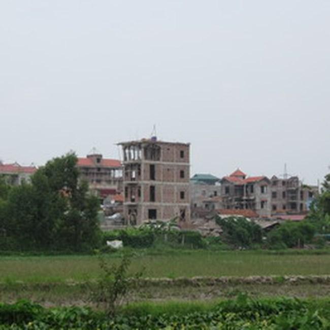 Giá đất quanh khu đô thị mới vẫn ngất ngưởng