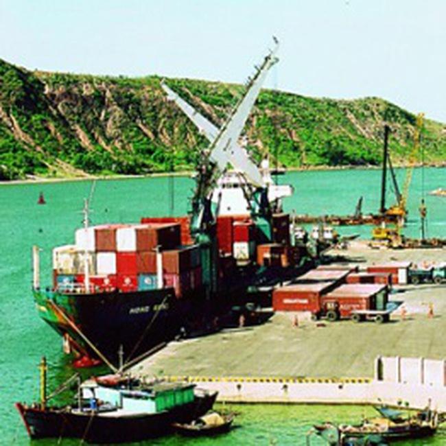 Mở rộng Cảng Cửa Lò thành điểm trung chuyển hàng hoá đi Lào và Bắc Thái Lan