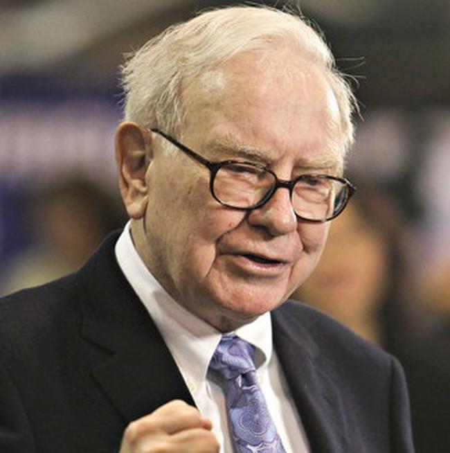 Warren Buffett: Cổ phiếu đang rẻ hơn trái phiếu