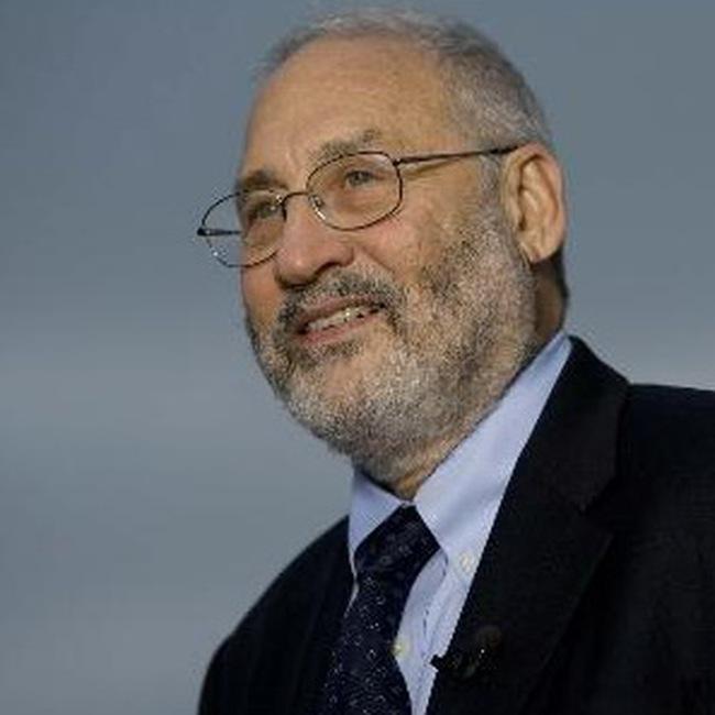 Joseph Stiglitz: FED và ECB đẩy thế giới vào trạng thái hỗn loạn