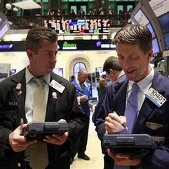 Tăng ngoạn mục hơn 190 điểm, Dow Jones lên sát 10.950 điểm