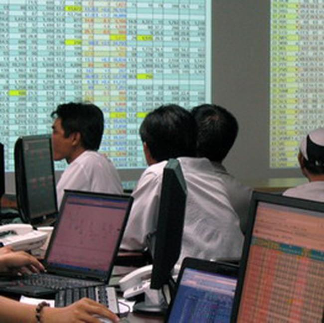 Vn-Index mất mốc 460 điểm, giao dịch đạt 780 tỷ đồng