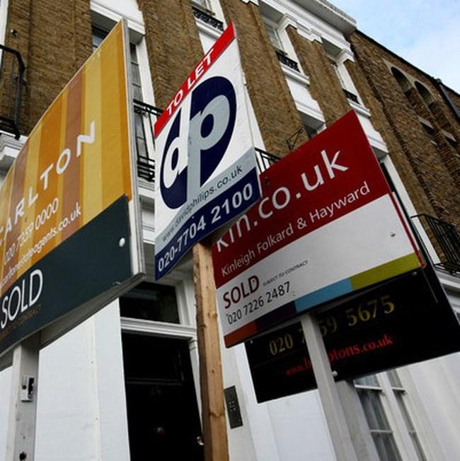 Giá nhà đất tại Anh hạ kỷ lục