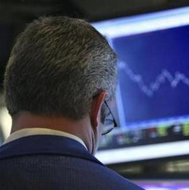 Dow Jones mất mốc 10.950 điểm