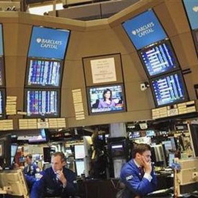 Tăng 176 điểm trong tuần, Dow Jones vượt ngưỡng 11.000 điểm