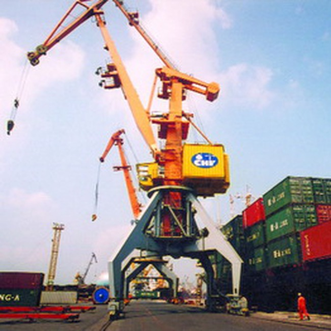 Cảng Hải Phòng: Nỗi niềm thiếu... container lạnh