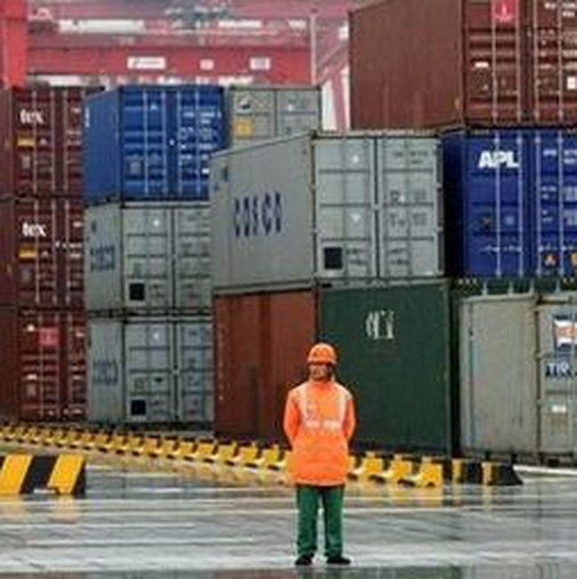 Thặng dư thương mại Trung Quốc lên mức đỉnh từ khủng hoảng tài chính năm 2008